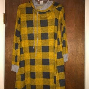 Tunic dress with hood and pockets size medium